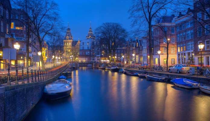 Holanda ambiente nocturno