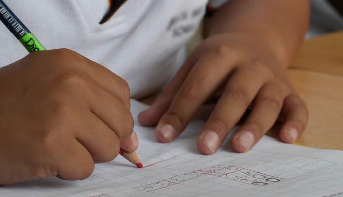 como enseñar a leer y escribir a un niño de 6 años